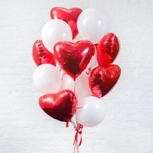 Композиция из воздушных шаров «Сердца для любимой»